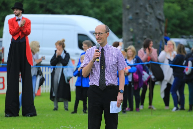Cllr Atkin opens Carnival